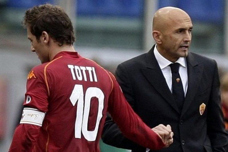 I tifosi romanisti stanno con Totti: non a caso in un secolo hanno vinto solo 2 scudetti