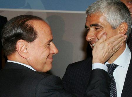 PIER FERDINANDO CASINI TORNA IN GINOCCHIO DAL CAVALIERE PER NON SPARIRE