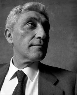 Antonio Bassolino: assolto dalla Magistratura, ma non dalla Storia
