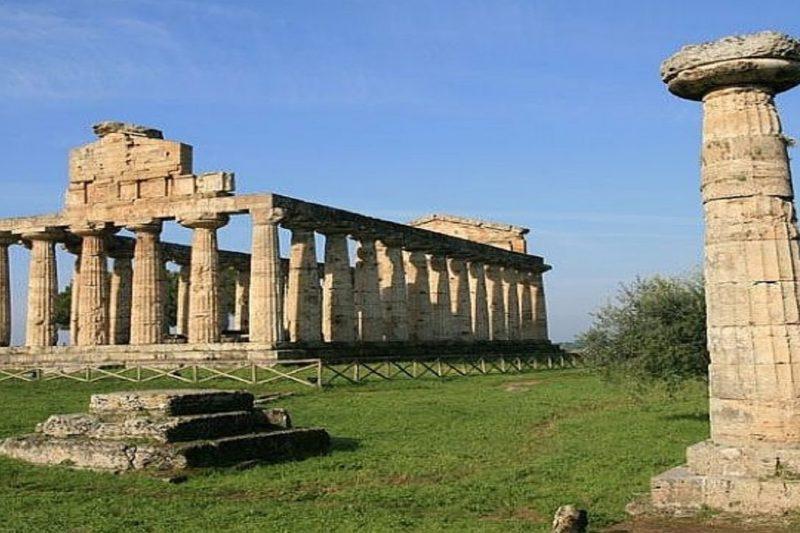 Ennesimo scempio al patrimonio culturale italiano: una centrale a biomasse vicino Templi di Paestum