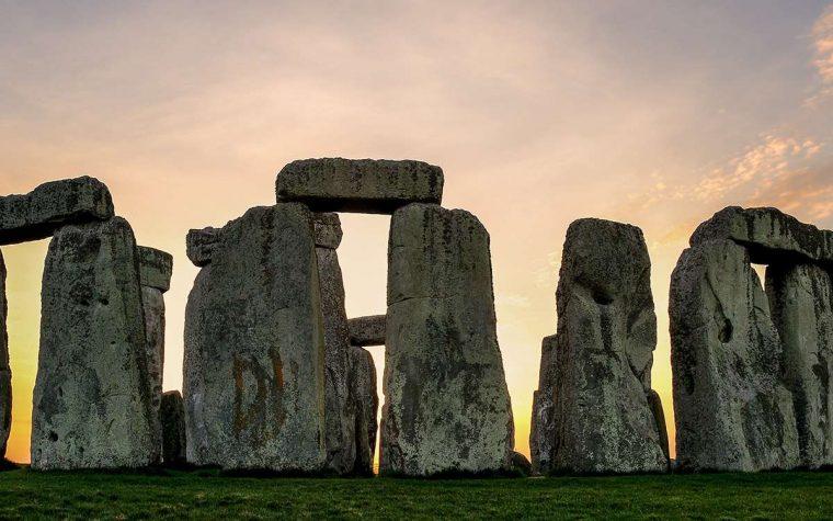 In Gran Bretagna scoperto nuovo sito neolitico vicino Stonehenge: i particolari