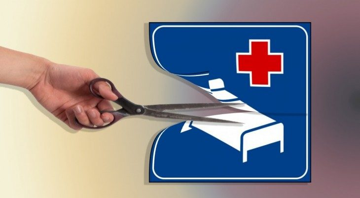 Nuovi tagli alla Sanità: cosa cambia per analisi, visite, esami per immagini e la professione medica