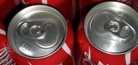 La Coca cola fa male? Cosa succede al nostro organismo quando la beviamo