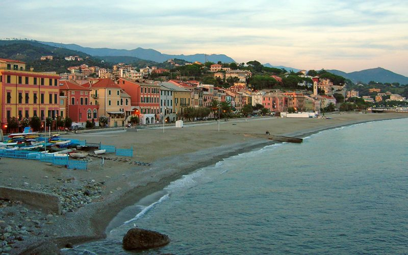 Celle Ligure, tra mare e Papi