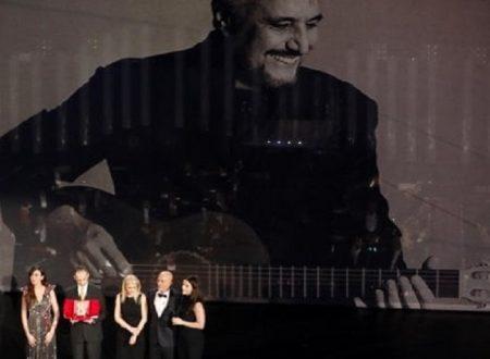 Sanremo, Pino Daniele offeso più che omaggiato