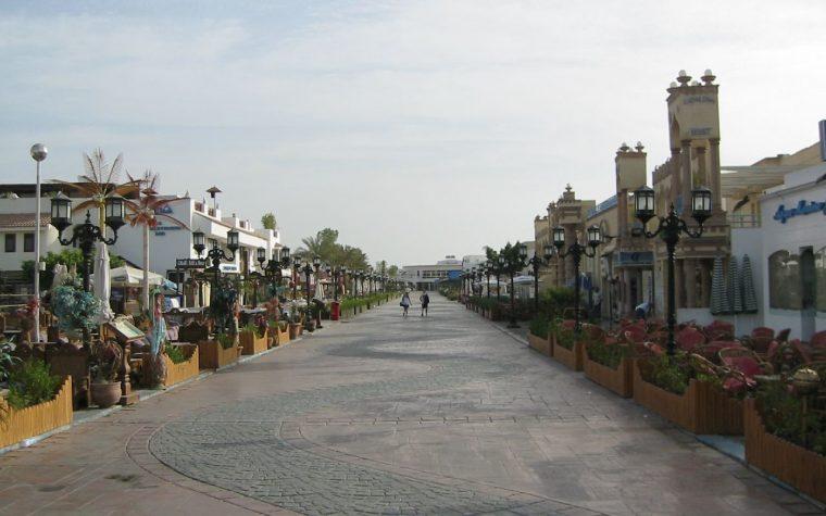 La brutta fine di Sharm el-Sheikh: il video che mostra come sia diventata una città fantasma