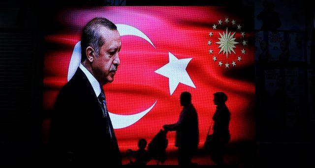 Turchia, le grandi città voltano le spalle a Erdogan: cosa accadrà
