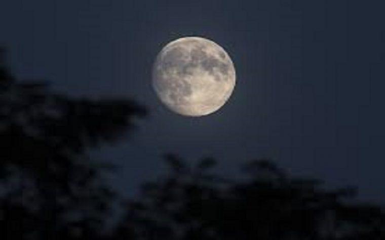 Terremoti e restringimento: cosa sta succedendo alla Luna