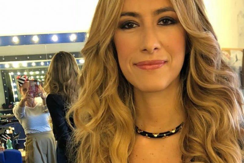 Chi è Annalisa Chirico, l'opinionista seducente che inonda i Talk show