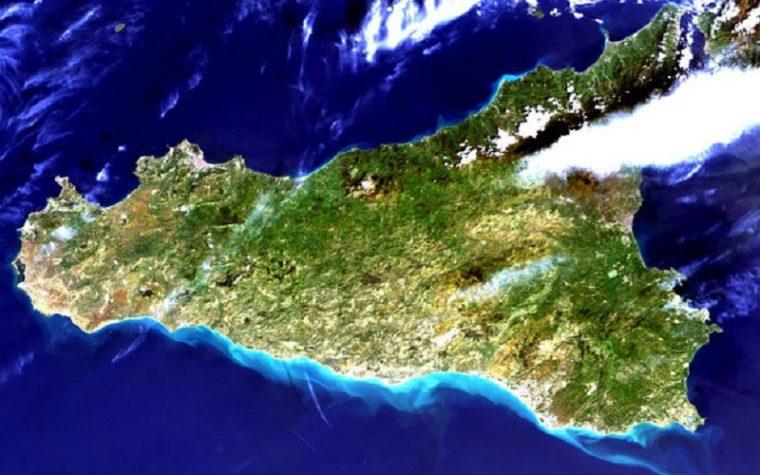 Sicilia, scoperti 6 vulcani sottomarini: quali pericoli