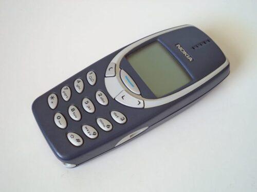 Possiedi uno di questi cellulari vecchi? Valgono una fortuna