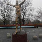 statua ibrahimovic malmo foto