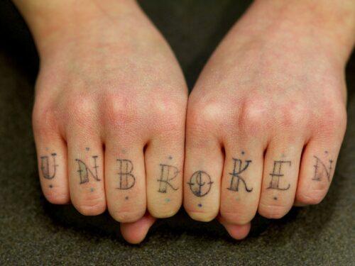 I tatuaggi fanno venire i tumori? Come stanno le cose