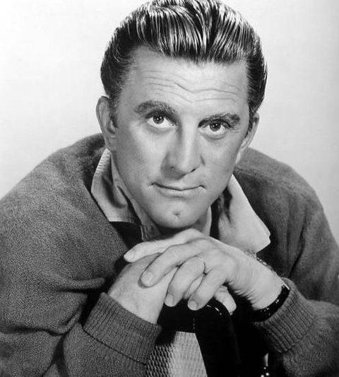 Kirk Douglas morto, in un film del '51 previde cosa sarebbe successo oggi