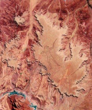 Australia, il mistero del geoglifo gigante che si vede dall'alto