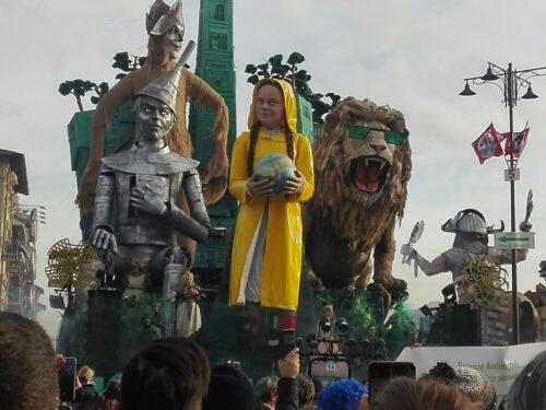 Viareggio, storia e cosa vedere nella città nota per il Carnevale