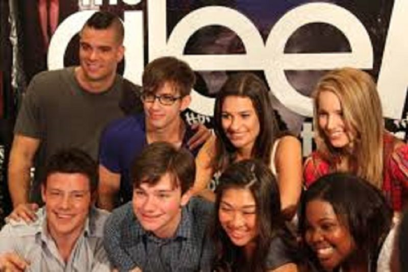 La maledizione di Glee, la serie Tv: morta Naya Rivera, i precedenti