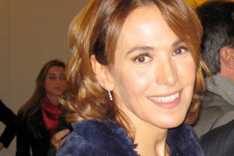 Barbara D'Urso pronta a scendere in campo con la sinistra