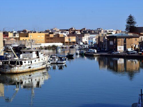 Pescatori liberati dalla Libia, cosa c'è dietro? Le ipotesi alternative