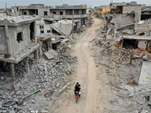 Biden bombarda la Siria: prime prove da Guerrafondaio