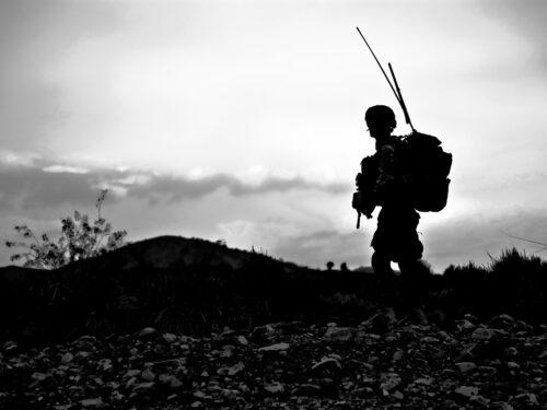 Italia lascia Afghanistan: un fallimento lungo vent'anni
