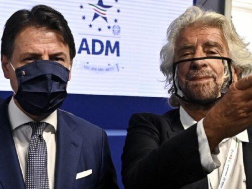 Conte e Grillo, è rottura: due galli cedroni che contribuiscono alla fine del M5S