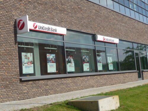 Unicredit acquista Mps: tutti i rischi per contribuenti e correntisti
