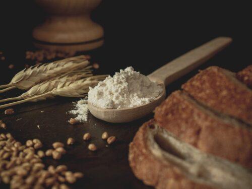 Dalla farina all'olio: ecco i generi alimentari che aumenteranno in autunno