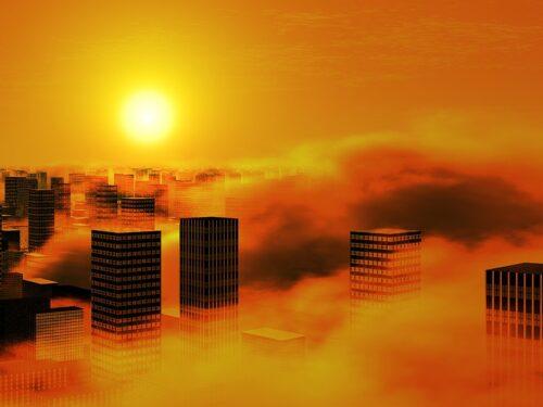 Tempesta solare potrebbe dare seri problemi a internet: ecco quando